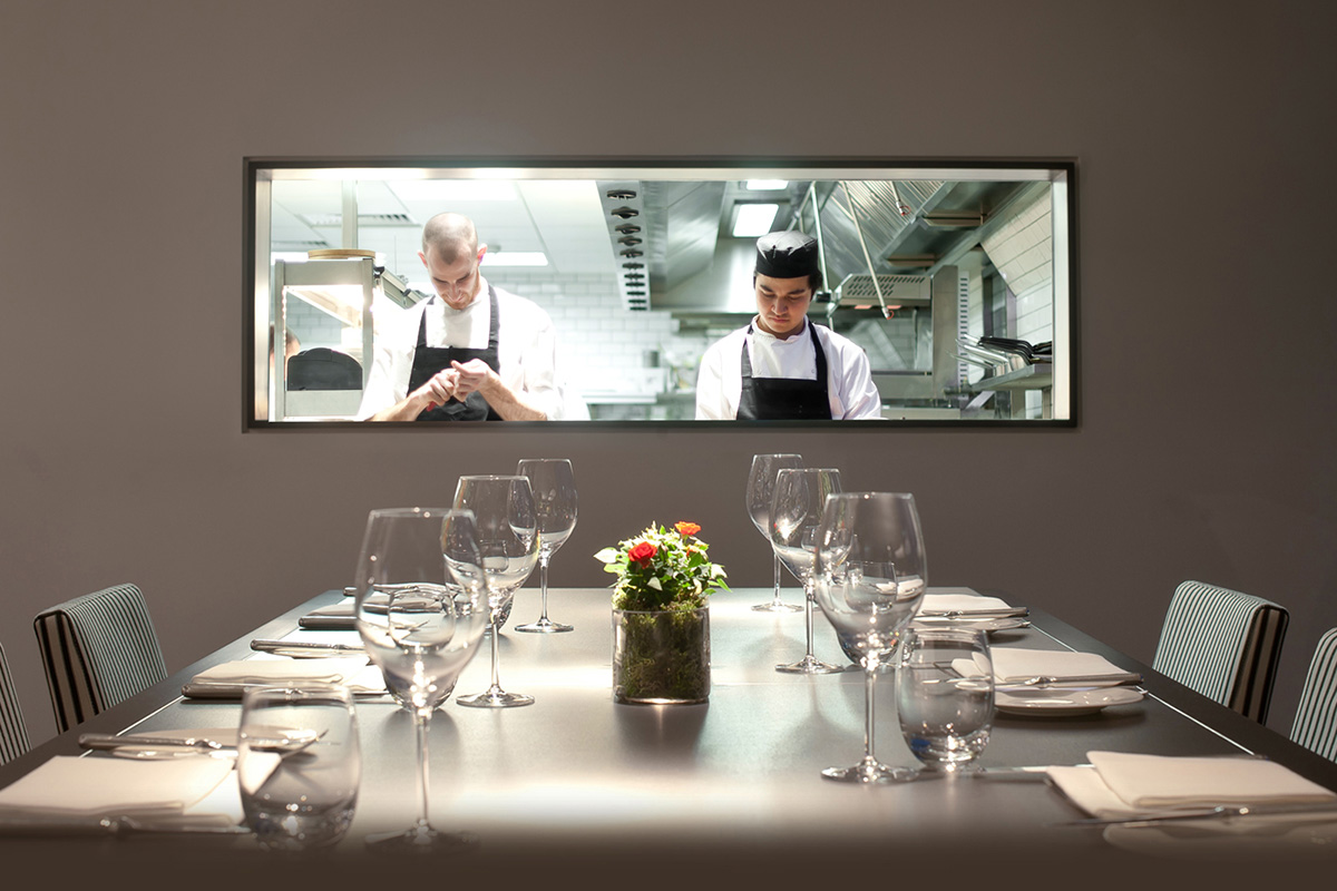 luxe digital fine dining restaurant marketing strategy resources grow digital channels chefs table