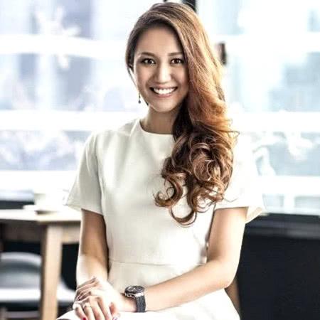 Luxe Digital top LinkedIn influencers Anna Vanessa Haotanto