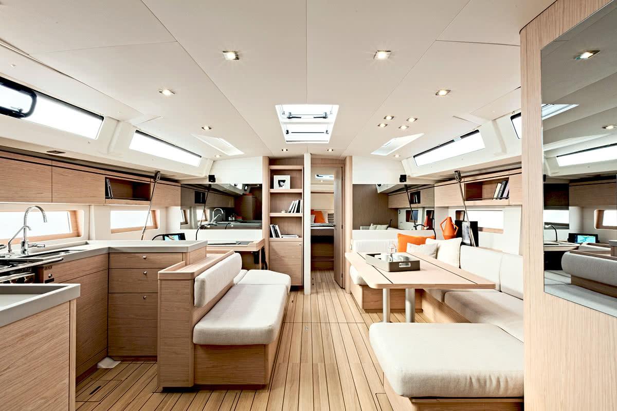 Luxe Digital luxury lifestyle Singapore yacht show 2018 beneteau oceanis 51.1