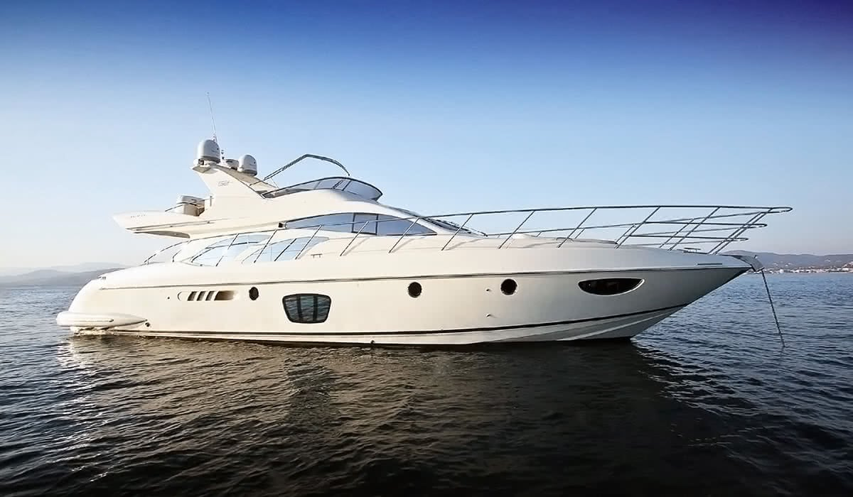 Luxe Digital luxury lifestyle Singapore yacht show 2018 flybridge princess 62