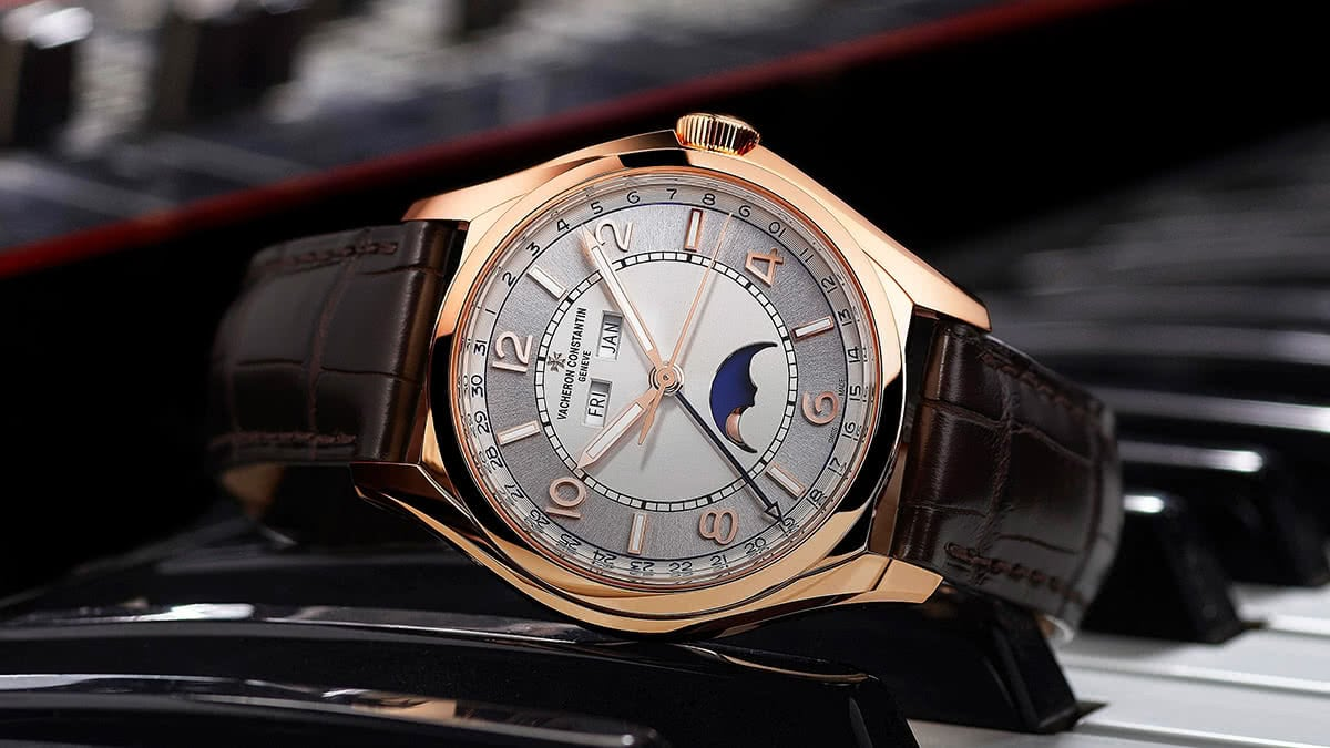 Luxe Digital luxury watch Hodinkee Vacheron Constantin Fifty Sixty
