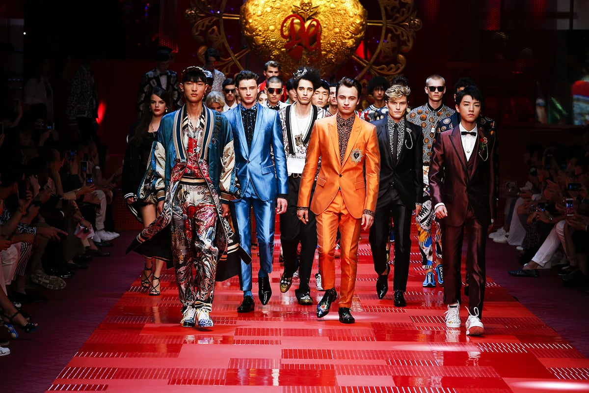 dolce gabbana luxury fashion show experiential millennials luxe digital