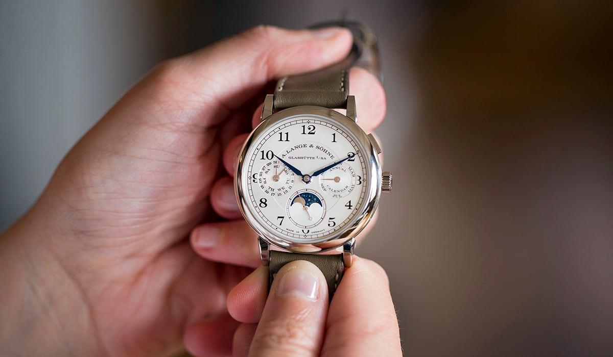 Luxe Digital luxury watch A. Lange & Söhne 1815 Annual Calendar Hodinkee