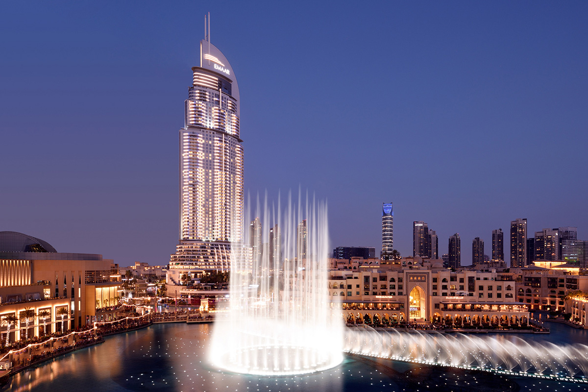 Luxe Digital luxury hotel Dubai Address Downtown fountain