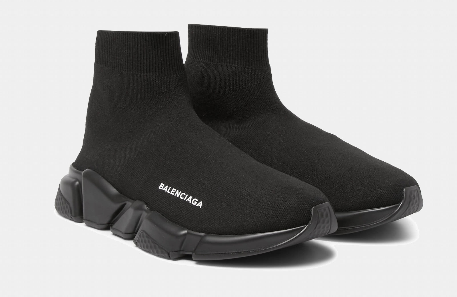 best comfortable sneaker men Balenciaga luxury style - Luxe Digital