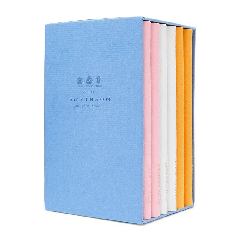 Best Valentin's Day gift for women books - Luxe Digital