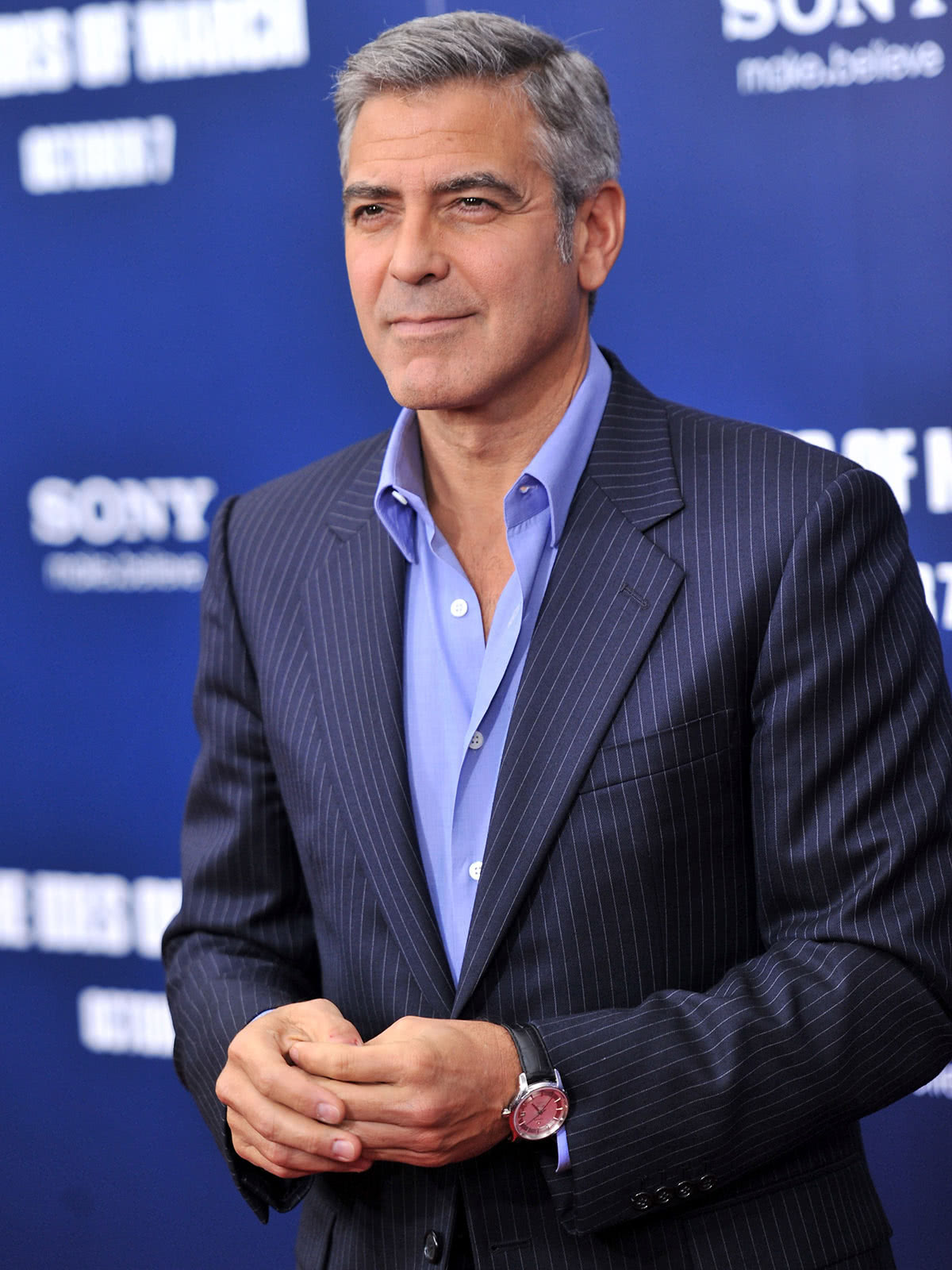business casual men dress code guide George Clooney style - Luxe Digital