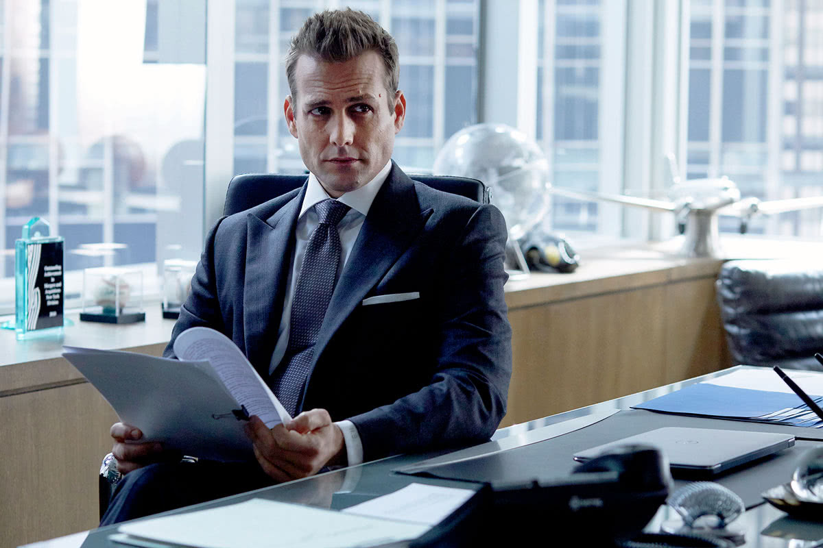 business professional dress code men Harvey Specter suit style - Luxe Digital