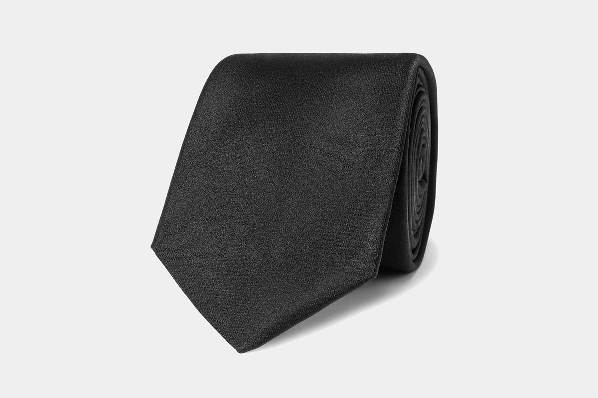 business professional men tie Hugo Boss luxury - Luxe Digital