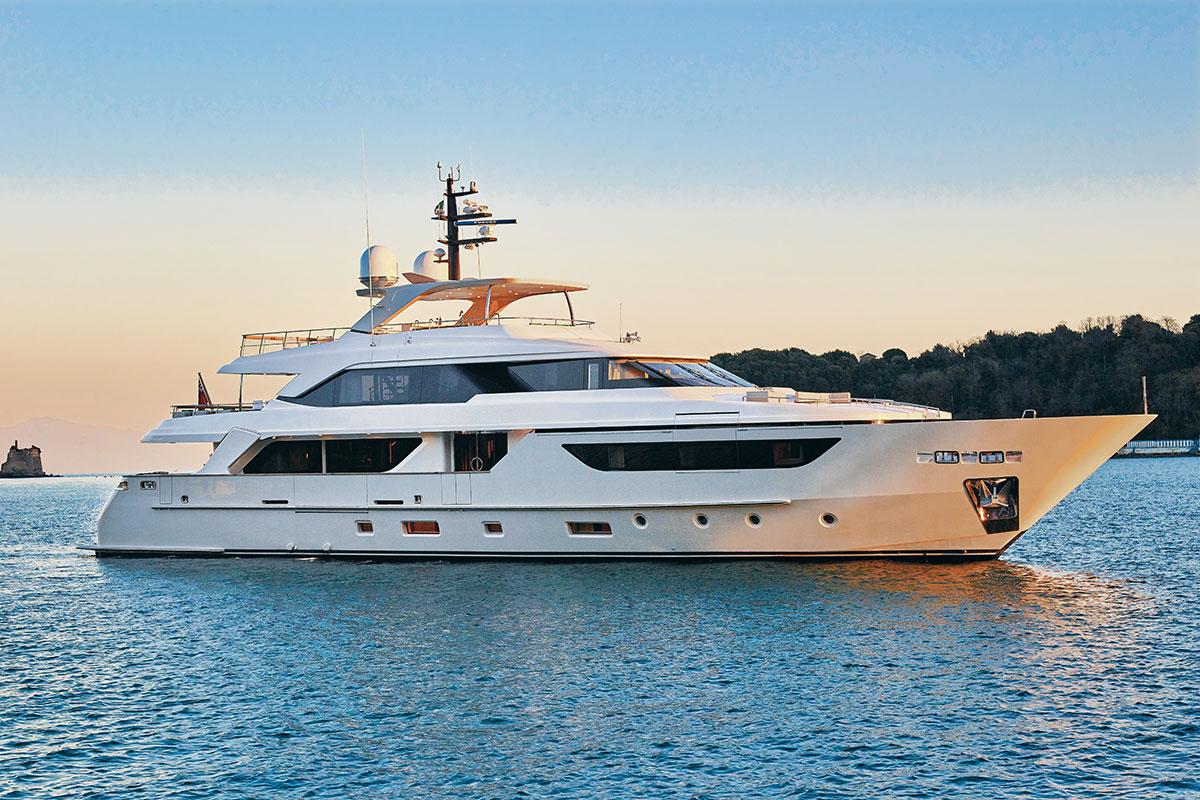 Simpson Marine Sanlorenzo 125 exterior luxury yacht - Luxe Digital