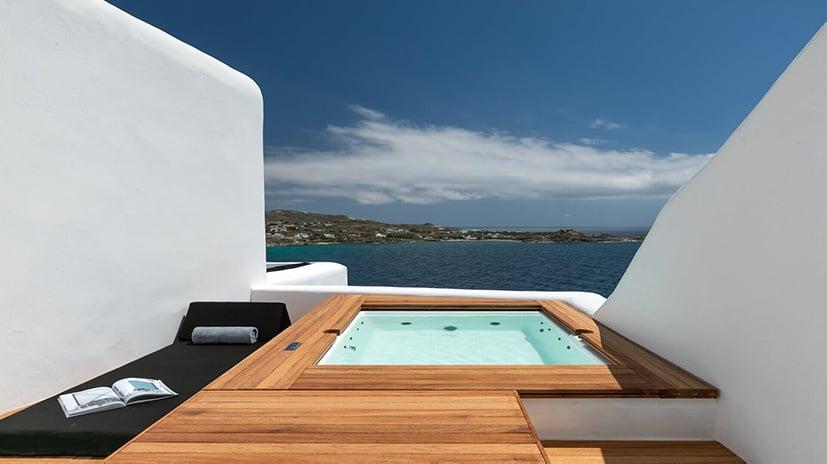 jacuzzi luxury villa atelier psarou mykonos kinglike luxe digital