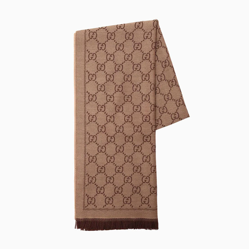 gucci scarf women business casual style luxe digital