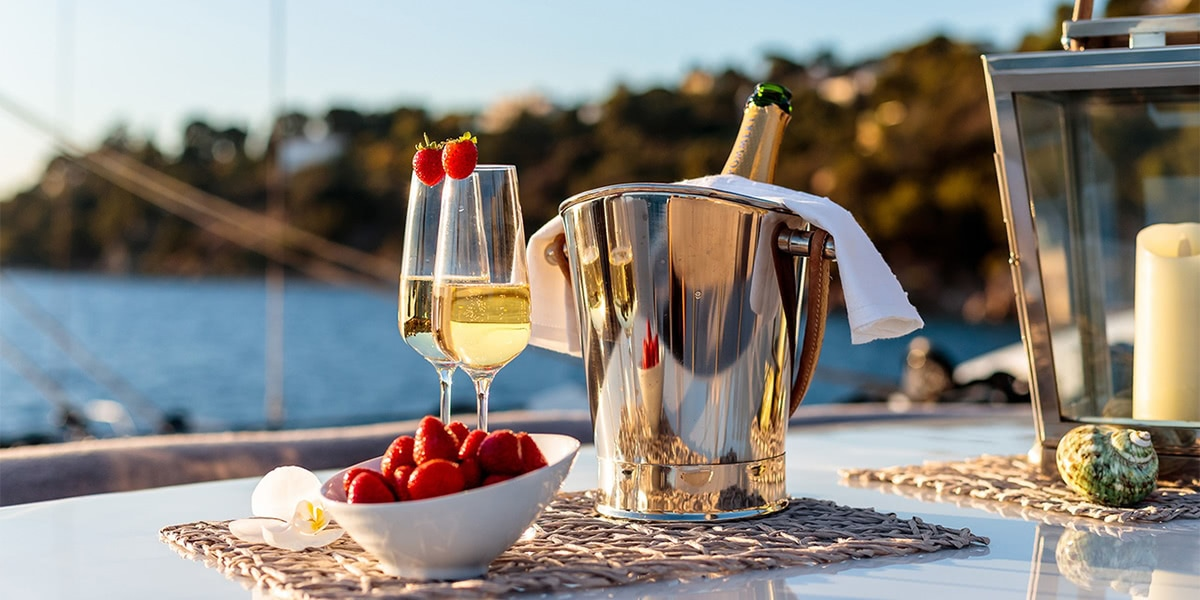 The Best Champagne Brands For All Your Occasions