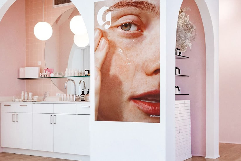 Glossier store how digital native luxury brands open physical retail stores - Luxe Digital