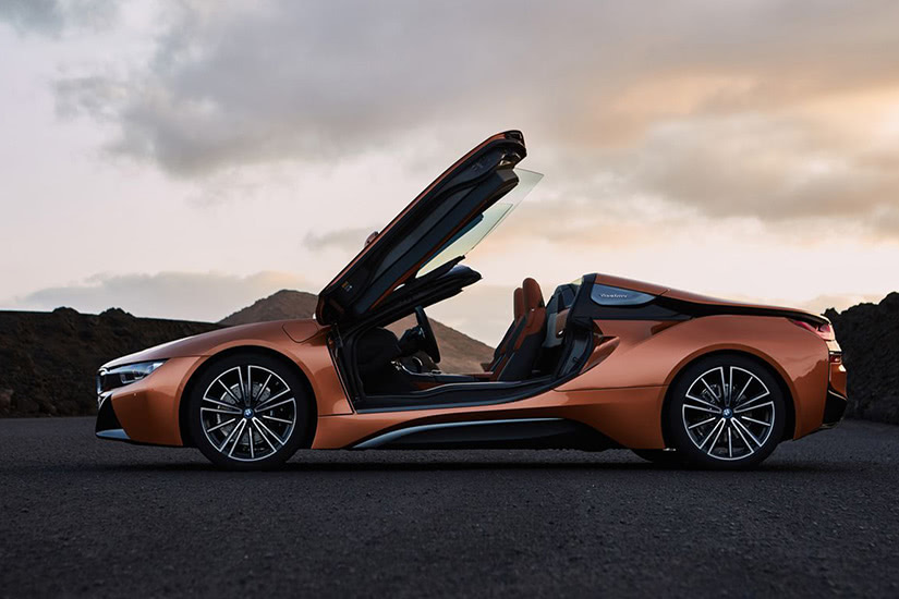 best electric cars luxury bmw i8 roadster - Luxe Digital
