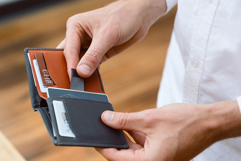 best minimalist wallet men slim - Luxe Digital