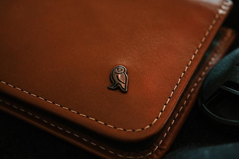 best minimalist wallets men luxury - Luxe Digital