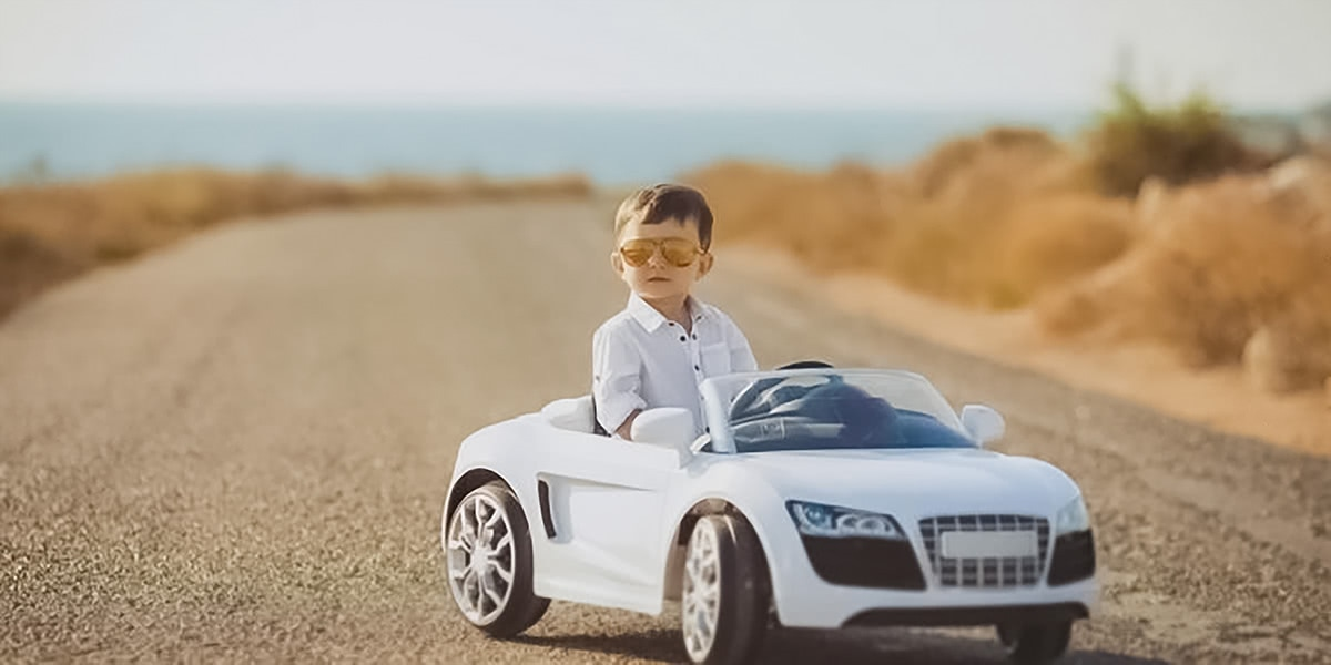 best electric cars kids ride-on premium - Luxe Digital