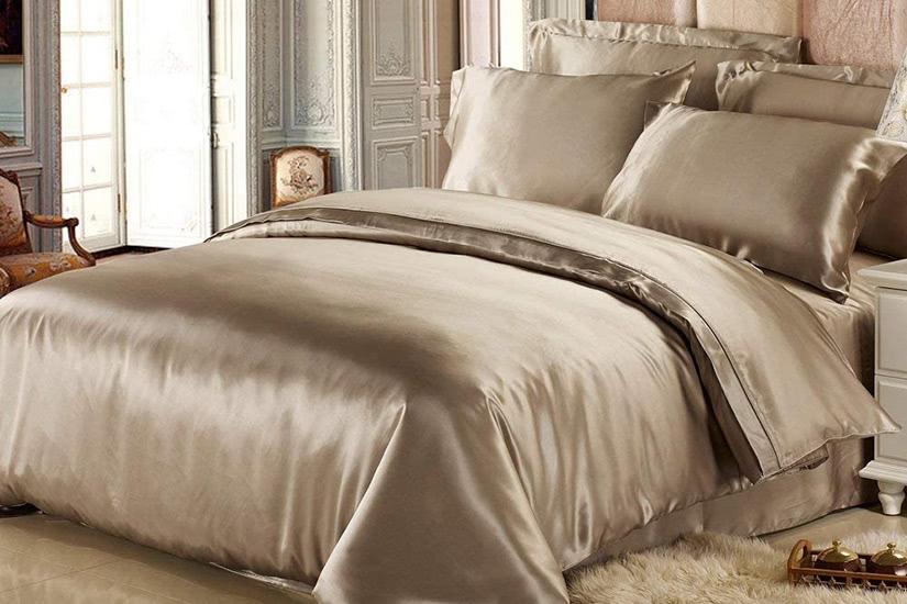best bed sheets luxury lily silk - Luxe Digital