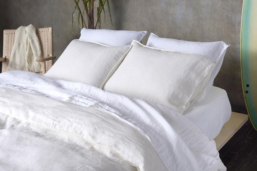 best linen bed sheets Brooklinen - Luxe Digital