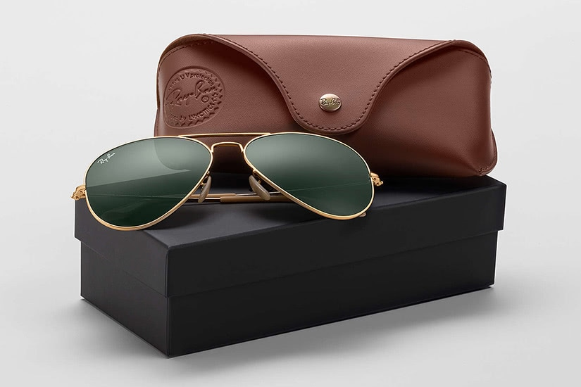 best sunglasses men premium ray-ban pouch - Luxe Digital