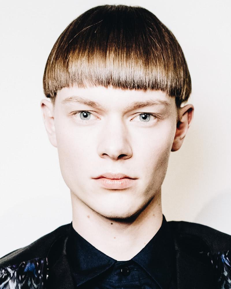 best short haircuts men bowl cut - Luxe Digital