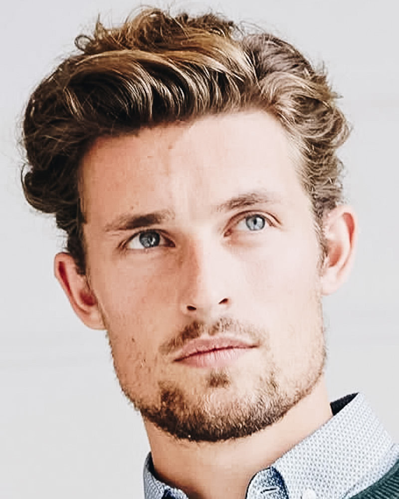 best short haircuts men curly quiff - Luxe Digital