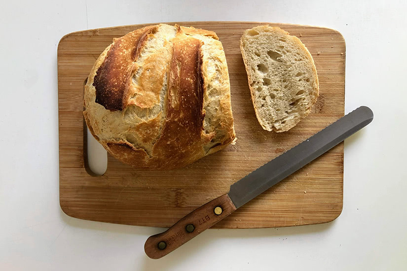 best kitchen knife bread slicing - Luxe Digital