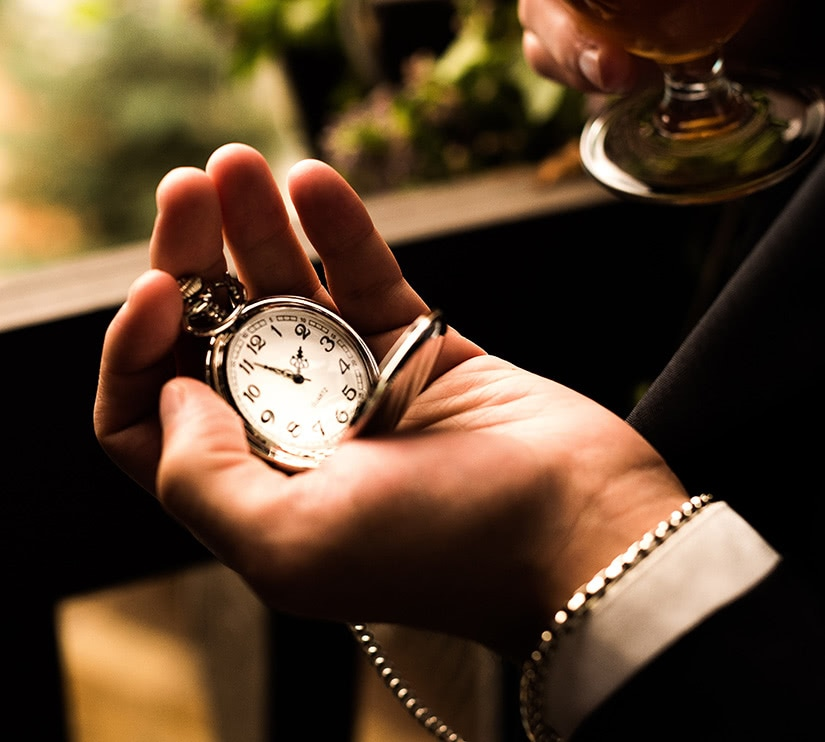 best pocket watch reviews - Luxe Digital