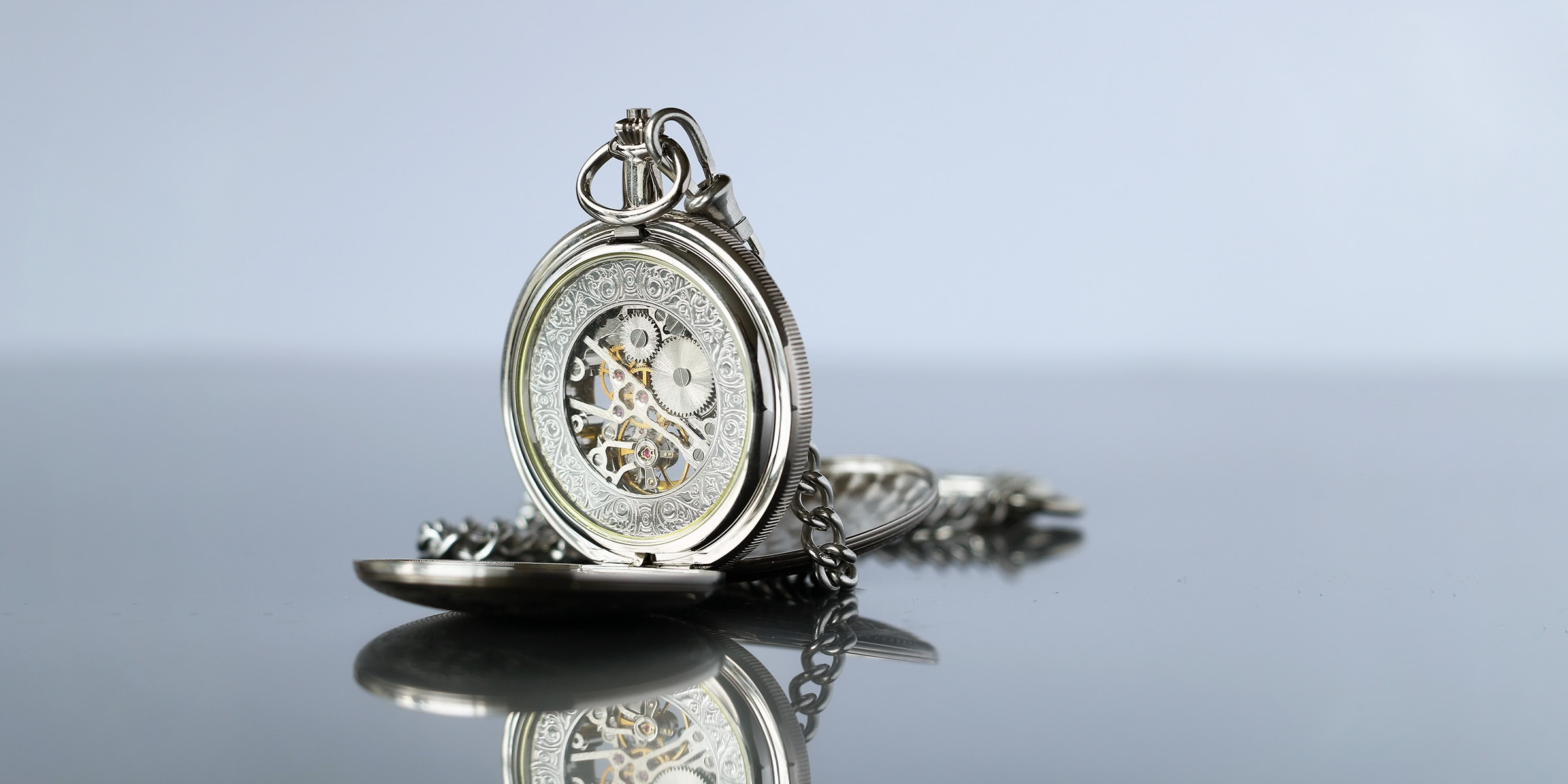 best pocket watches - Luxe Digital