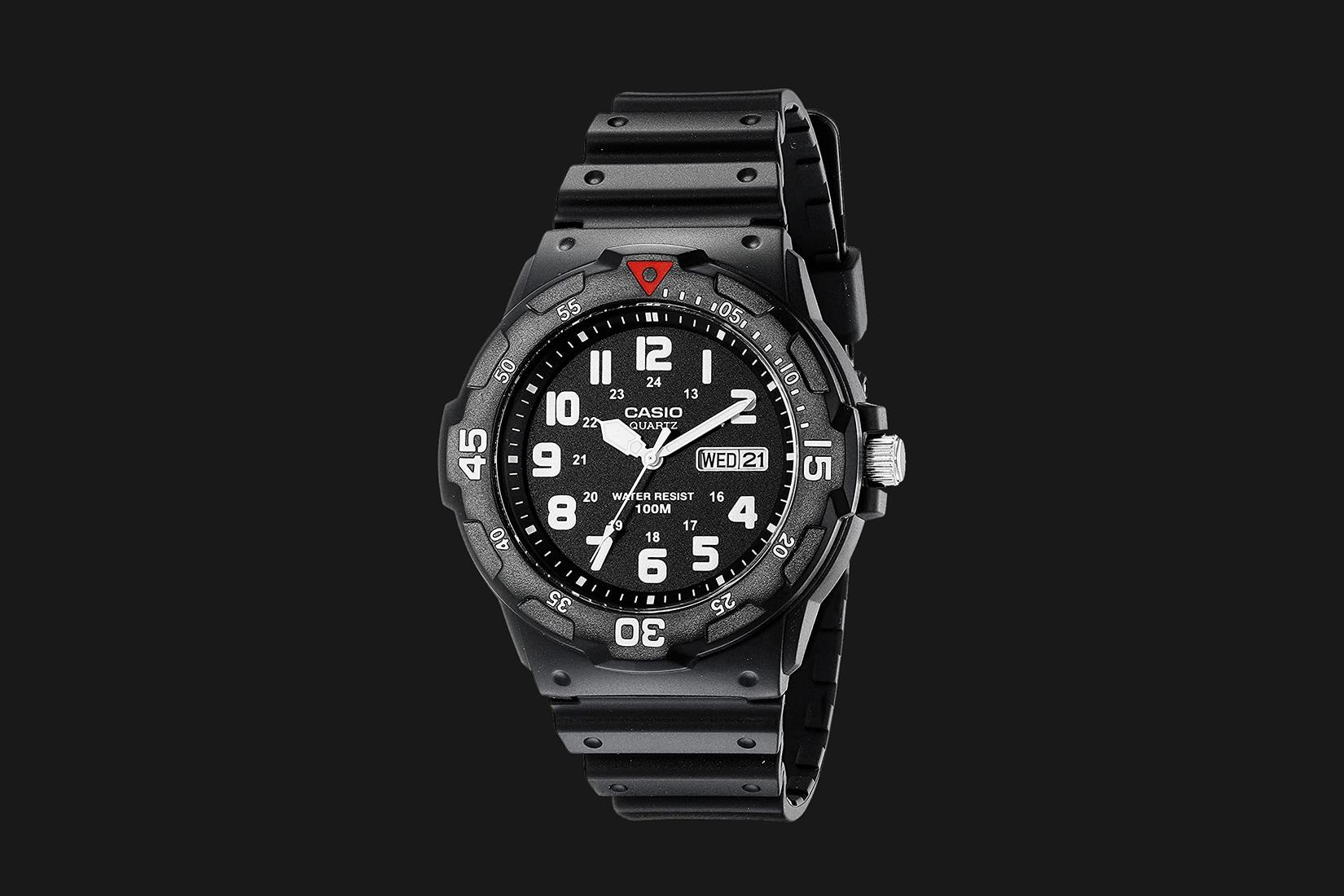 best dive watch casio analog sports - Luxe Digital