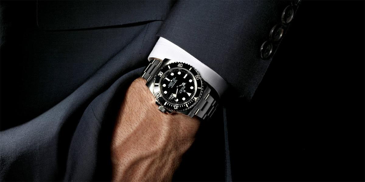 best dive watch - Luxe Digital