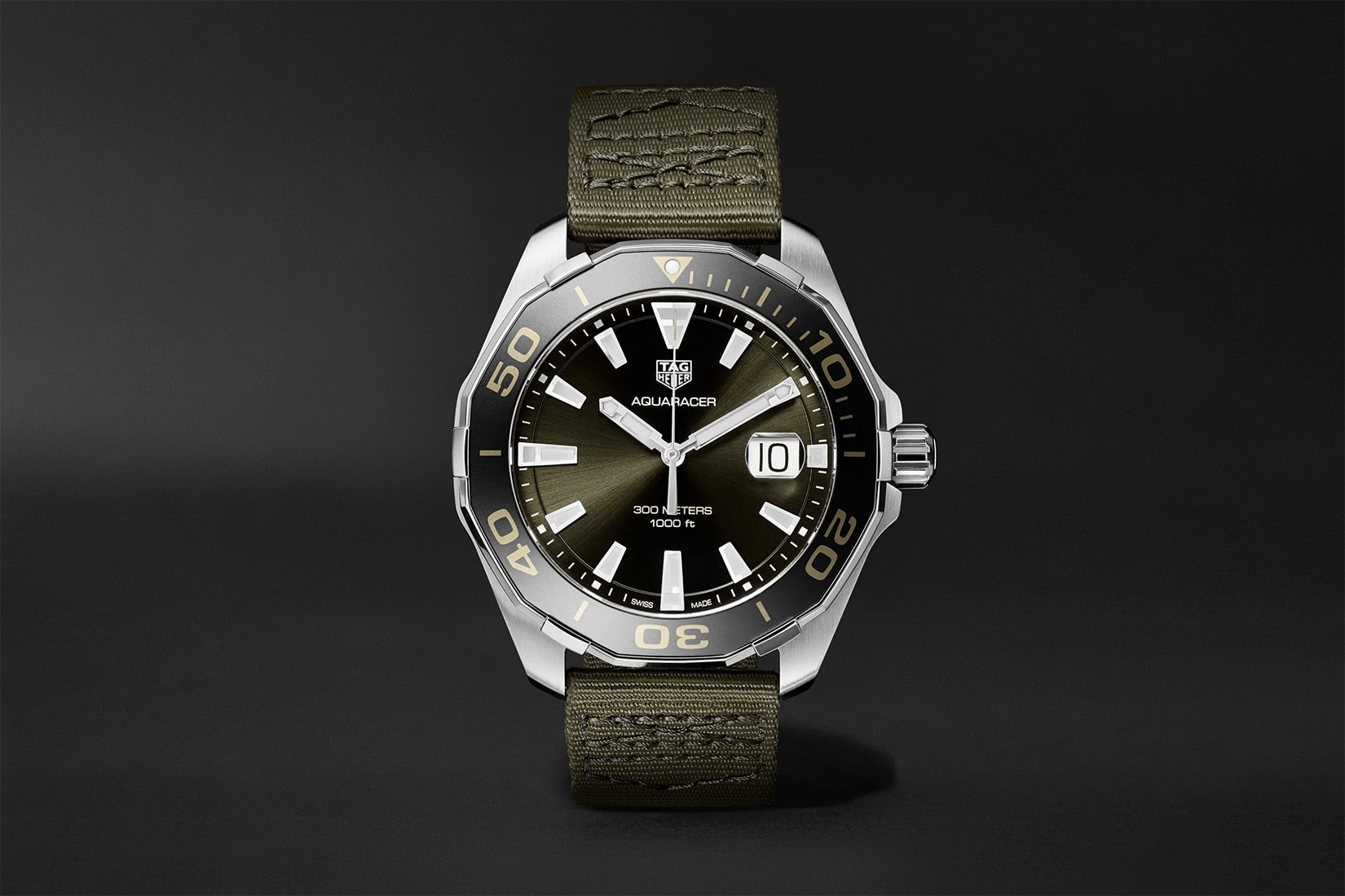 best dive watch tag heuer aquaracer - Luxe Digital