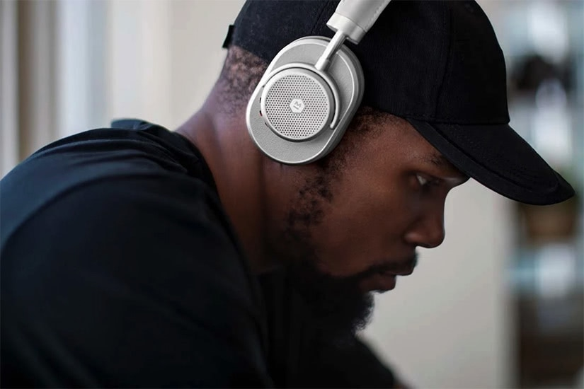 best over-ear headphones master & dynamic kevin durant nba - Luxe Digital