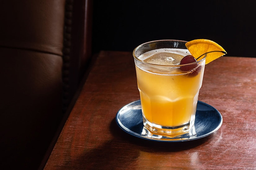 best cocktails recipe amaretto sour - Luxe Digital