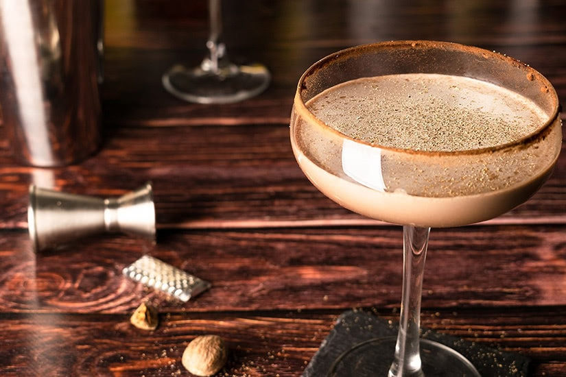 best cocktails recipe brandy alexander - Luxe Digital
