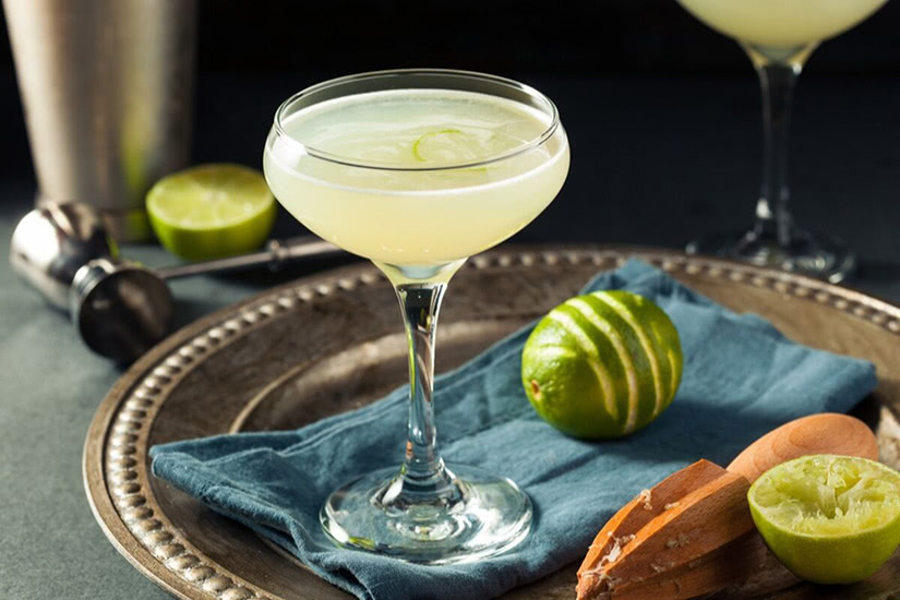best cocktails recipe gimlet - Luxe Digital