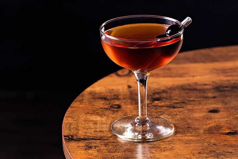 best cocktails recipe manhattan - Luxe Digital