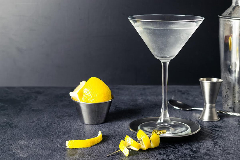 best cocktails recipe vesper - Luxe Digital