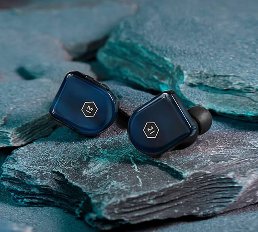 best true wireless earbuds earphones - Luxe Digital