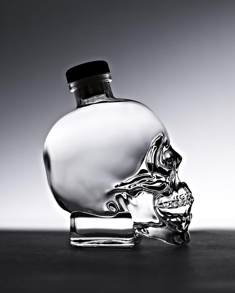 origen de la historia del vodka crystal head - Luxe Digital