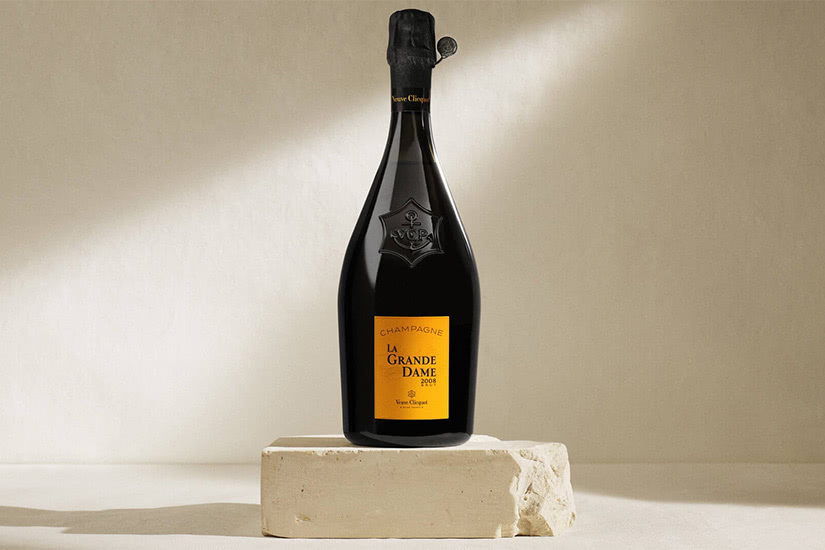 veuve clicquot luxury champagne bottle - Luxe Digital