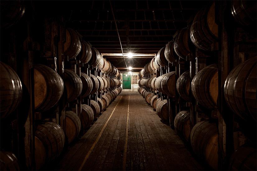 destilería de bourbon de blanton - Luxe Digital