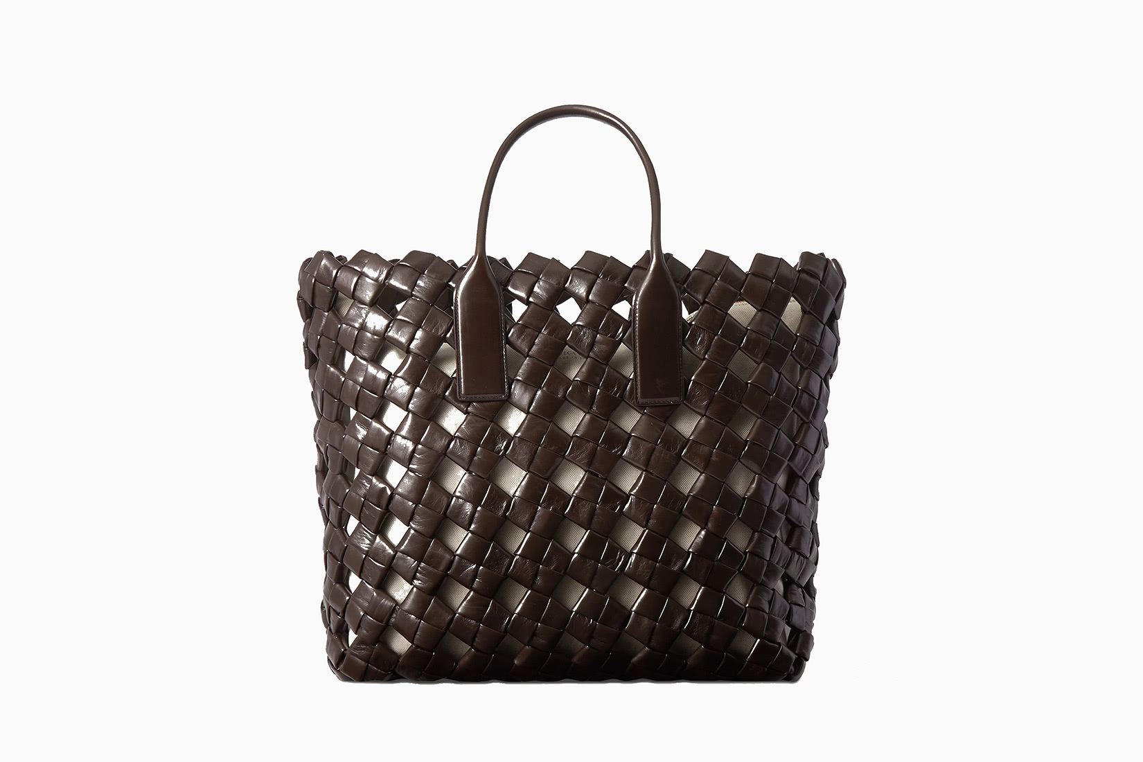 best travel tote bags women expensive leather bottega veneta review - Luxe Digital