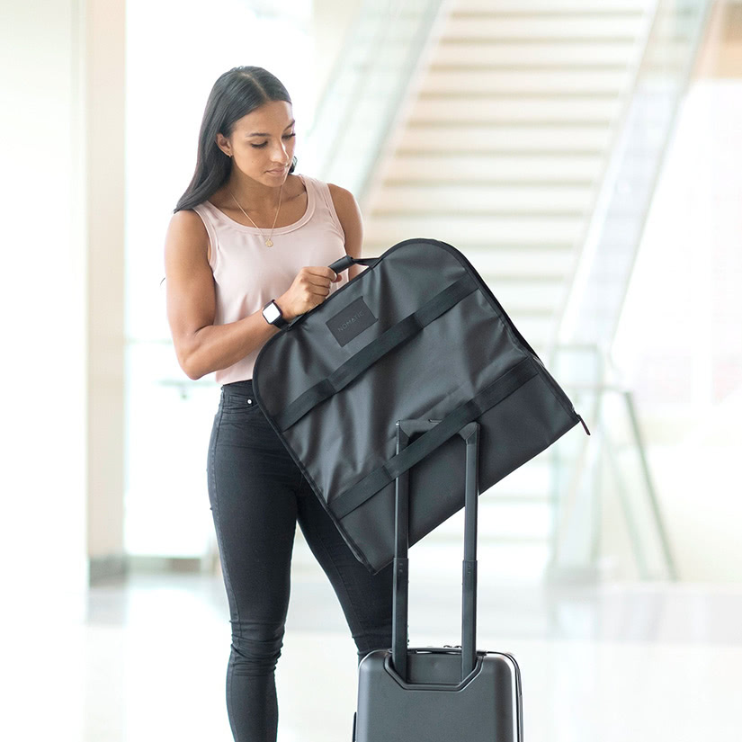 best garment bag travel - Luxe Digital