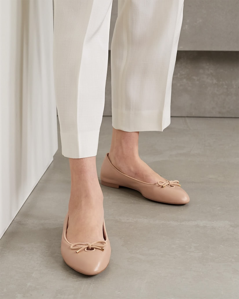 most comfortable flats women stuart weitzman - Luxe Digital