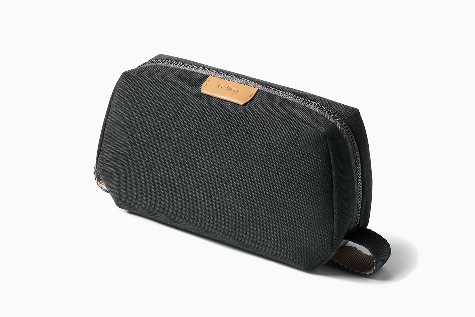 best dopp kit men handles bellroy review - Luxe Digital