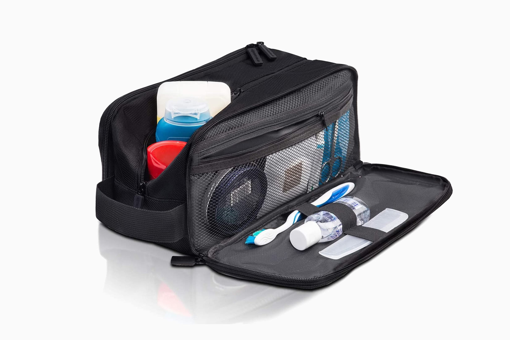 best dopp kit men multi-compartment IQTravels review - Luxe Digital