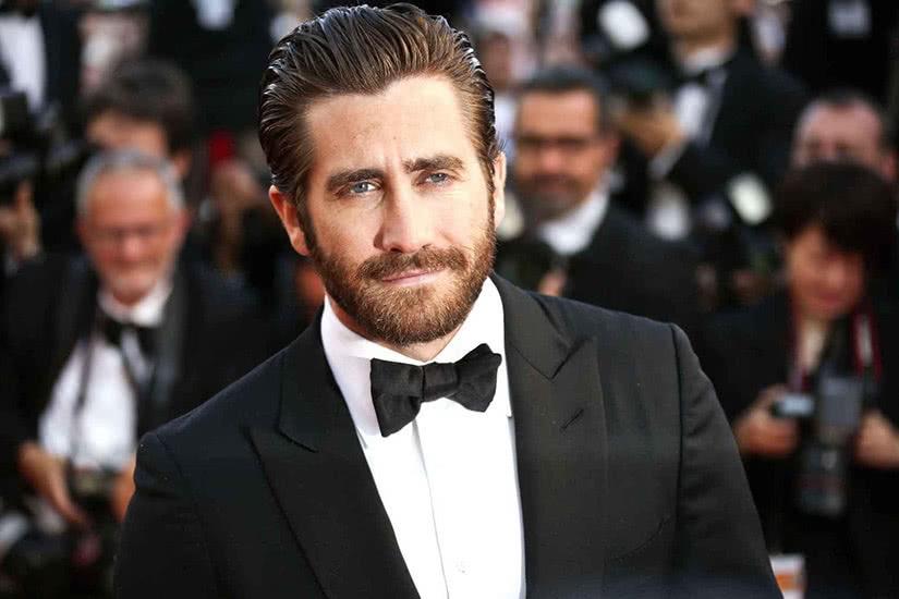 best long hairstyles men hair jake gyllenhaal - Luxe Digital