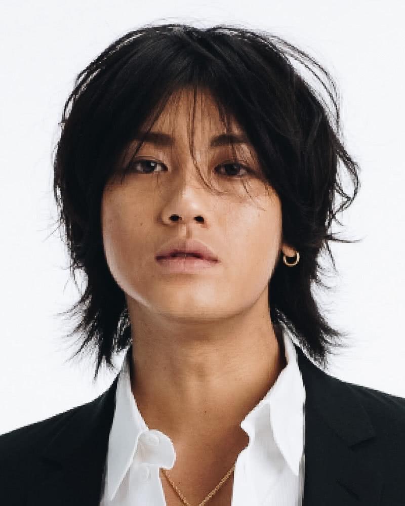 best long hairstyles men japanese jin akanishi - Luxe Digital
